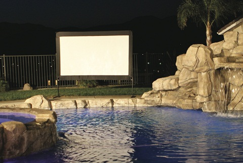 EliteScreens_outdoor movie screen