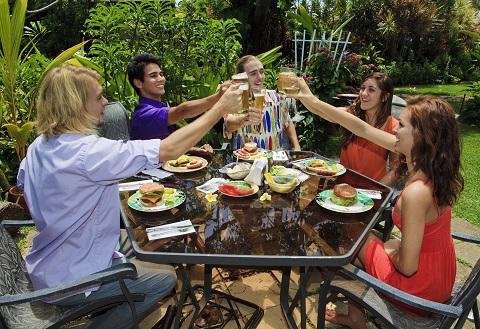 Agrihoods_Neighbors Dining Outside