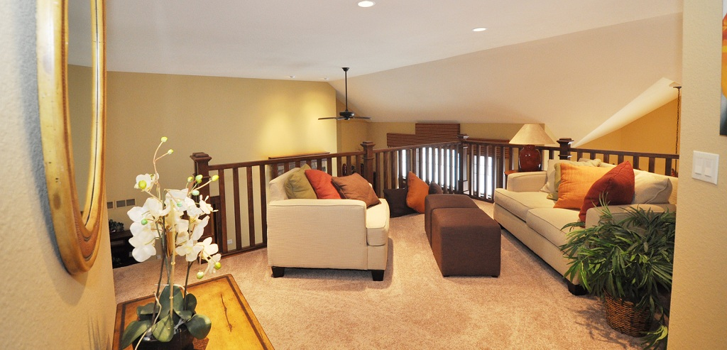 Home of the week cambridge plan by victory homes of wisconsin - Ideas to decorate a loft ...
