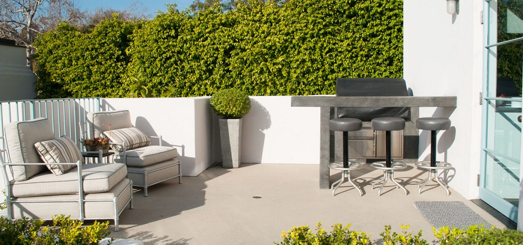 Patio Outdoor Living Elements - Sarah Ristorcelli